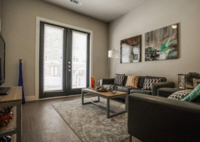 tobin lofts at san antonio college apartments in san antonio texas. Black Bedroom Furniture Sets. Home Design Ideas