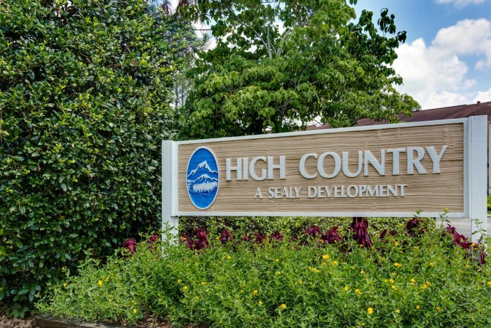 High Country apartments in Tuscaloosa, Alabama